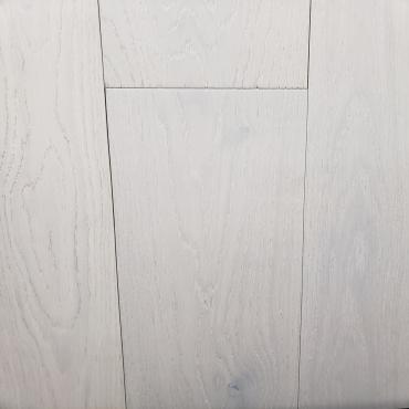 "engineered Engineered Oak Cloud WireBrushed 7"" Hardwood Flooring"